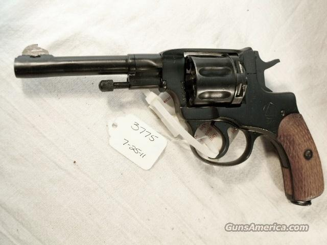 Nagant .32 S&W compatible World War II Nagant 7.62 Model 1895 Revolver Excellent 1944 with Holster & Kit 32 Smith & Wesson or 32 Tula Russia   Guns > Pistols > Military Misc. Pistols Non-US