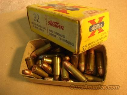 Ammo: Winchester-Western .32 S&W Long Ammo & Orig Box 1960s  Non-Guns > Collectible Cartridges