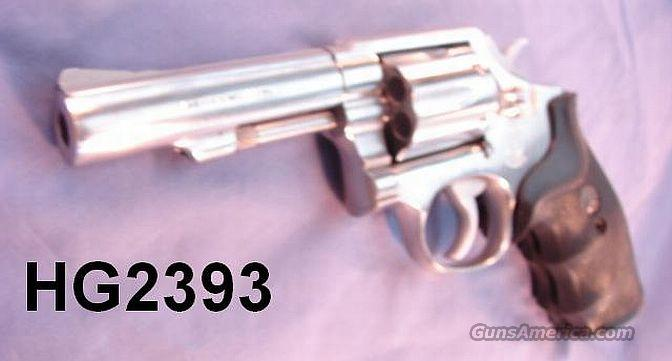 S&W 64-3 .38 Spl Sts 4 in HB VG 1984  Guns > Pistols > Smith & Wesson Revolvers > Full Frame Revolver