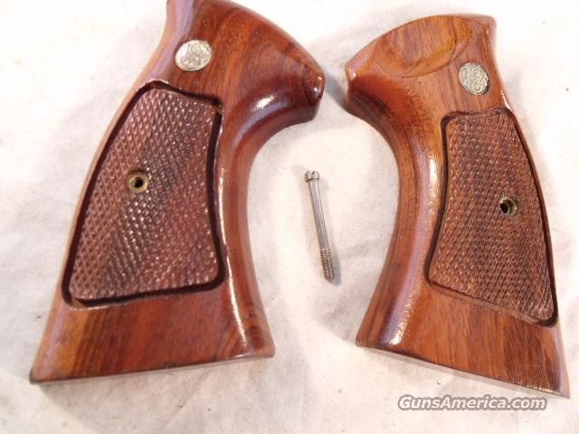Grips S&W N-Square Target Factory Goncalo Exc No Cut 1981  Non-Guns > Gunstocks, Grips & Wood