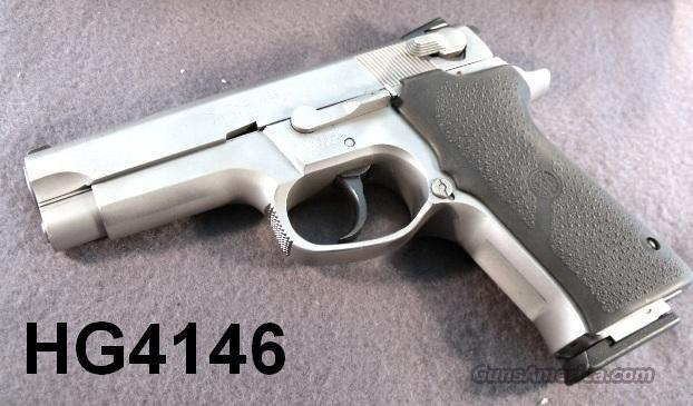 S&W 9mm 5906 SS 1997 Exc. Refin. 2 Mags Hogues S&W Box   Guns > Pistols > Smith & Wesson Pistols - Autos > Steel Frame