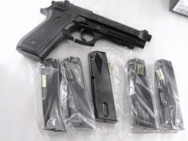Lots of 3 or more Taurus PT92 PT99 Magazines 15 Shot 9mm Asian Blue Steel NIB PT-92 PT-99 Clip for PT92C can be fitted for PT911 PT915 PT917  Non-Guns > Magazines & Clips > Pistol Magazines > Other