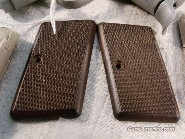 Grips for A.M.T. 380 Backup Pistol Factory New, Old Stock 1980s Production Checkered Walnut AMT Back-Up OMC Irwindale CA  Non-Guns > Gunstocks, Grips & Wood