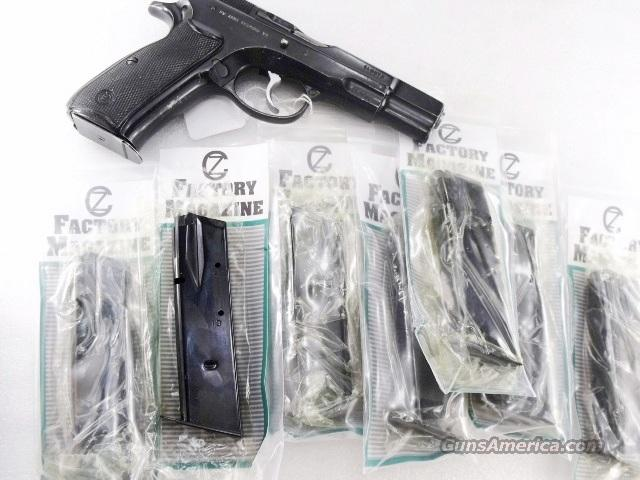 CZ-75 9mm 15 shot Magazine Lot of 3 Factory Czech Post 1991 CZ75 75B 85 New Unfired Factory mfg ca 2005 Blue Steel Floorplates    Non-Guns > Magazines & Clips > Pistol Magazines > Other