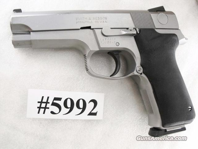 Smith & Wesson 9mm Model 5946 Stainless 1 Magazine 108126 Full Time Double Action 5906 Peer 1998   Guns > Pistols > Smith & Wesson Pistols - Autos > Steel Frame