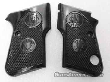 Beretta Factory Grips for 950 Minx 22 Short and 25 Auto Pistols No 21 GRJG952P  Non-Guns > Gunstocks, Grips & Wood