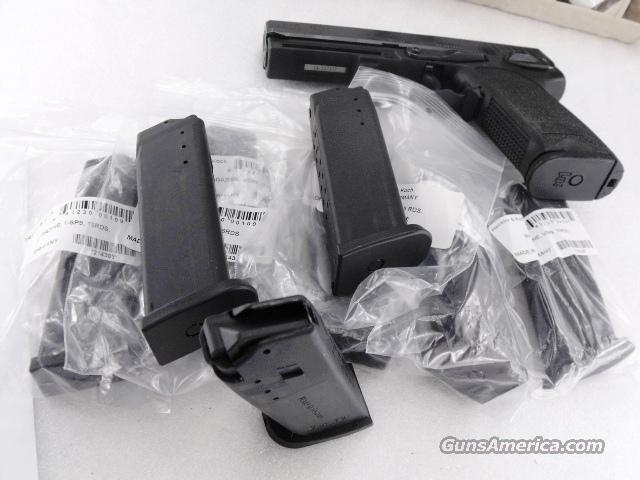 Lots of 3 or more HK USP9 Magazine 9mm 15 Shot Factory New Heckler & Koch German Made $ 39 per on 3 or more   Non-Guns > Magazines & Clips > Pistol Magazines > Other
