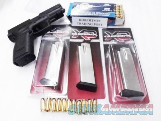 3 Springfield Armory XD40 Pistol .40 S&W caliber Factory 12 Shot Hi-Cap Magazines New NO XDM $23 per on 3 or more XD5011   Non-Guns > Magazines & Clips > Pistol Magazines > Other