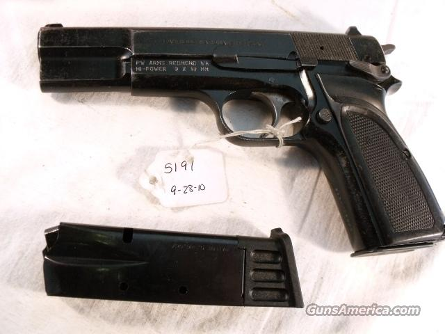 FN Browning 9mm Hi-Power Israeli Good 1993 w/2 Magazines  Guns > Pistols > FNH - Fabrique Nationale (FN) Pistols > High Power Type
