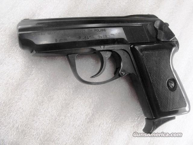 Radom 9x18 Model P64 Excellent Condition Polish Federal Police P-64 9mm Makarov Lucznik Poland 1973 with 1 Magazine   Guns > Pistols > Surplus Pistols & Copies