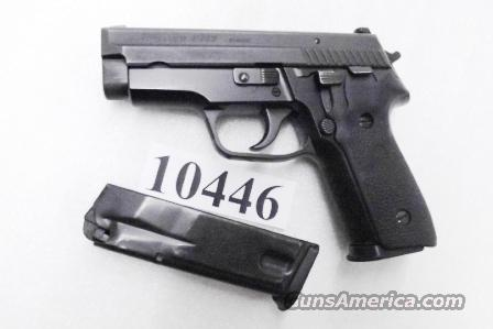 Sig .40 S&W Model P-229 Black Stainless 13 Shot 2 Magazines Excellent ca 2002 Beverly MA Police Dept Sig Sauer Arms E29R40BU   Guns > Pistols > Sig - Sauer/Sigarms Pistols > P229