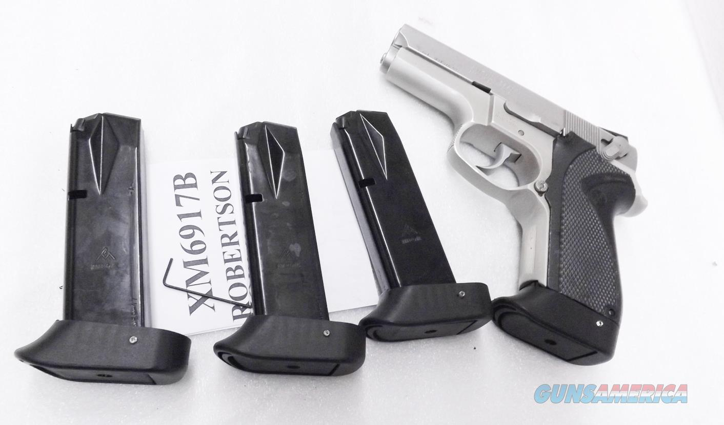 3 Smith & Wesson 6900 series Extended 17 round Magazines Mec-Gar Blue with Finger Rest fits models 469, 669, 6904, 6906, 6924, 6926, and 6976  Non-Guns > Magazines & Clips > Pistol Magazines > Smith & Wesson