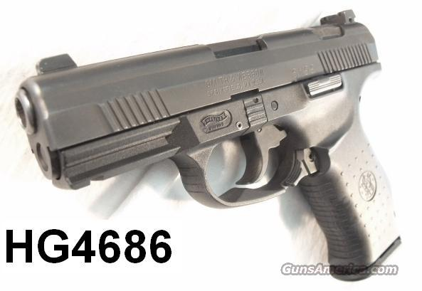S&W .40 S&W/Walther SW99 Night Sights Exc in Box w/2 Mags   Guns > Pistols > Smith & Wesson Pistols - Autos > Polymer Frame