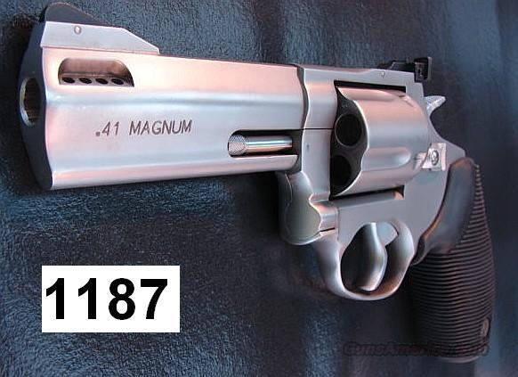 Taurus .41 Mag Tracker SS 4 in Exc in Box  Guns > Pistols > Taurus Pistols/Revolvers > Revolvers