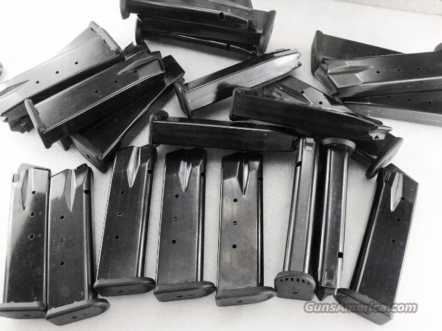 Lots of 3 or more Smith & Wesson .45 ACP Factory 9 Shot VG Magazines SW99 990 XM19990U $33 per 3 or more  Non-Guns > Magazines & Clips > Pistol Magazines > Smith & Wesson