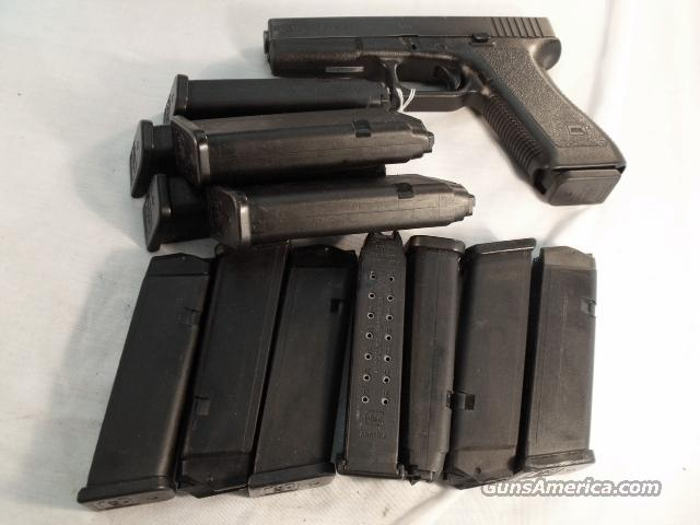 Lot of 4 Glock Model 17 Factory Magazines 9mm 17 Shot LE High Capacity  Tampa PD Fits Glock 17 19 26 Kel-Tec Sub 2000 Rifles $29 per in 4 lots  Non-Guns > Magazines & Clips > Pistol Magazines > Glock