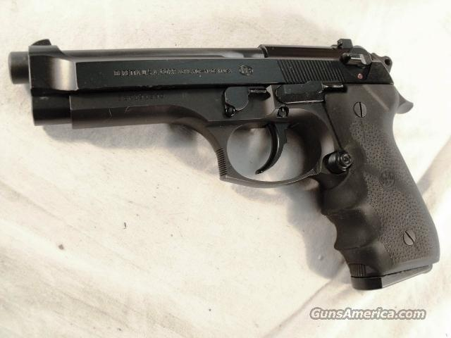 Beretta 92G 9mm VG DeKalb GA Sheriff Dept ca. 1997 One LE 15 round Magazine Model 92-G Decocker  Guns > Pistols > Beretta Pistols > Model 92 Series