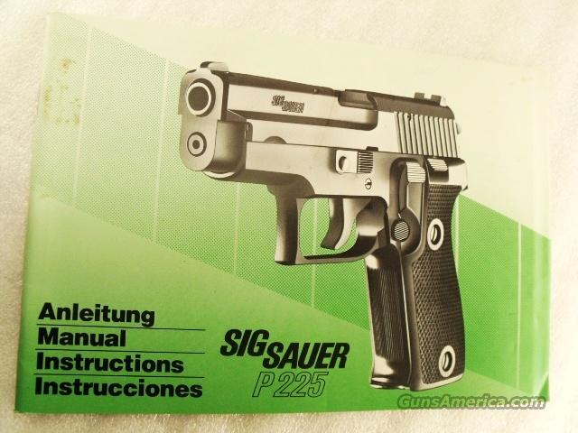 Sig Sauer Factory Manual P225 Swiss Police SASigbk03 Unissued 4 Lingual c 1992 Green Tint Color  Non-Guns > Manuals - Print