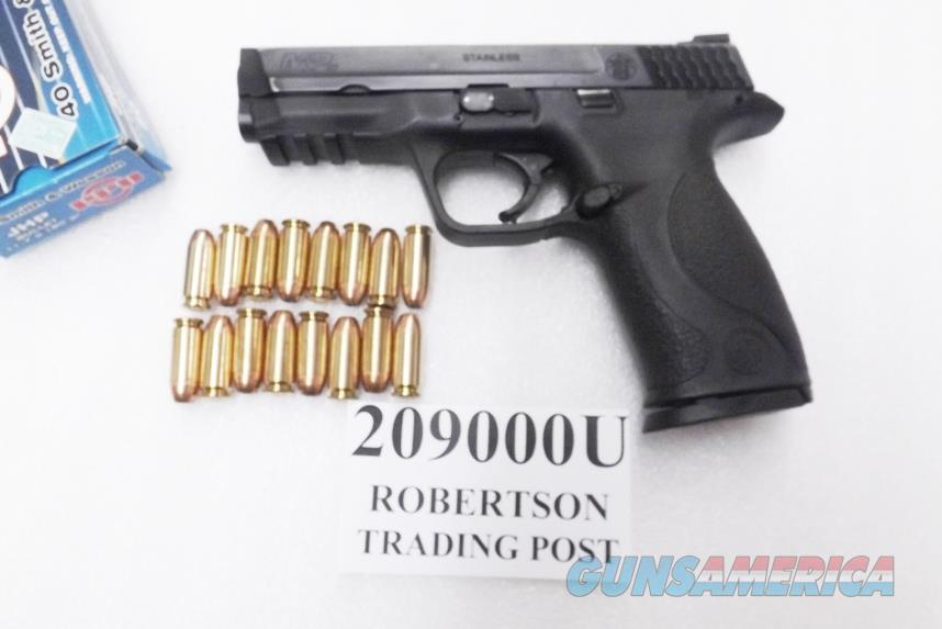 Smith & Wesson .40 M&P40 Magazine Safety 16 Shot 1 Magazine 40 S&W Caliber VG to Exc M&P 40 209000	  Guns > Pistols > Smith & Wesson Pistols - Autos > Polymer Frame