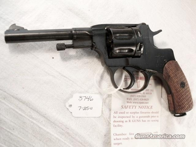 Nagant .32 S&W compatible World War II Nagant 7.62 Model 1895 Revolver Excellent 1931 with Holster & Kit 32 Smith & Wesson or 32 Tula Russia   Guns > Pistols > Surplus Pistols & Copies