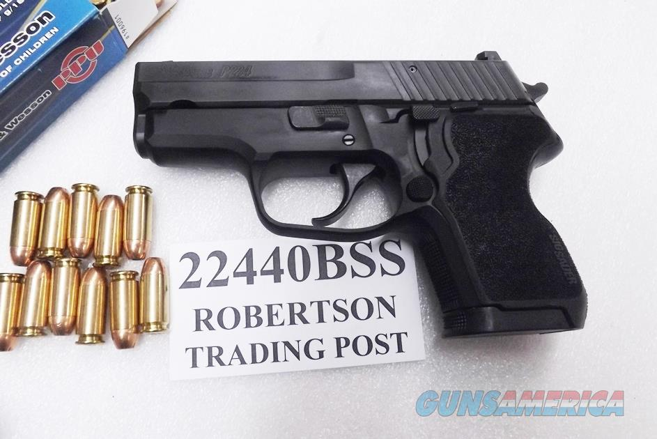 Sig .40 S&W P224 Sub Compact 11 Shot Siglite® Night Sights Nitron Finish 40 Smith & Wesson Caliber NIB 22440BSS   Guns > Pistols > Sig - Sauer/Sigarms Pistols > P229