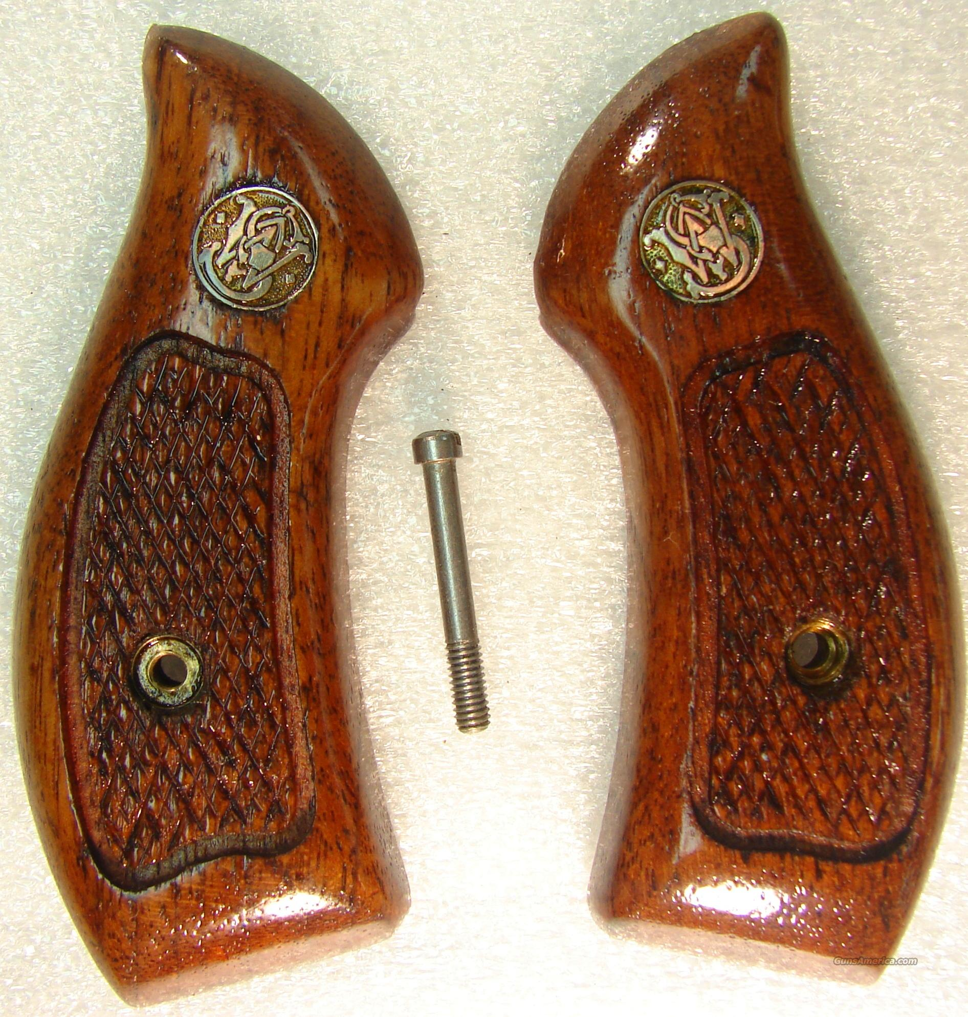 Grips S&W J Frame Round Butt Service Magna style Late 1980s Goncalo Alves Excellent Refinish Smith & Wesson   Non-Guns > Gun Parts > Grips > Smith & Wesson