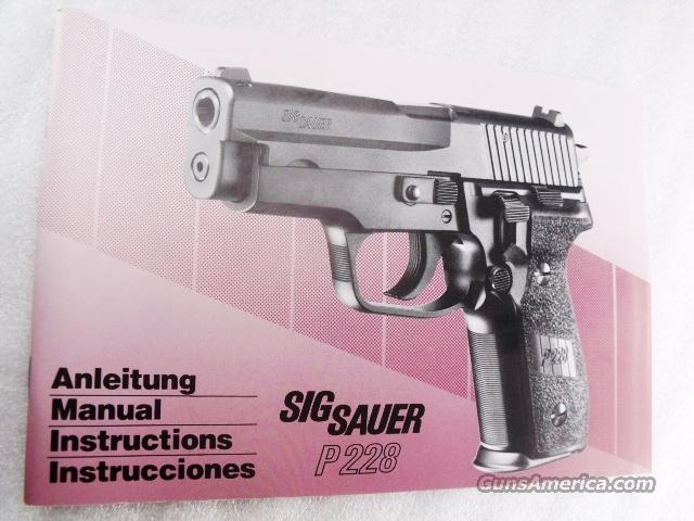 Sig Sauer Factory Manual P228 Swiss Police SASigbk04 Unissued 4 Lingual c 1994 Pink Tint Color 50 Pages  Non-Guns > Manuals - Print