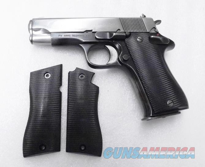 Grips for Star Model BM9 Pistols Hard Black Polymer New Replacement GRBM9  No BKS No BKM  Non-Guns > Gun Parts > Grips > Other