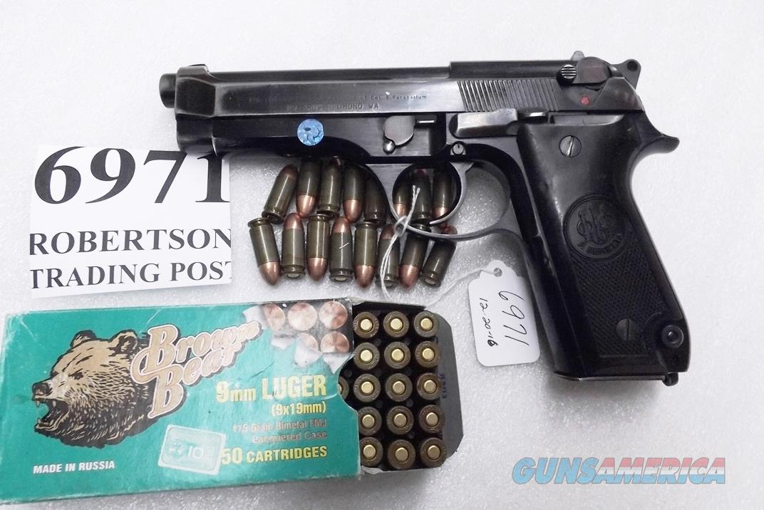 Beretta 9mm model 92S Italy Military Police Italian Carabinieri VG 1979 Patanè Family Issue JS92F300M type / ancestor c1978 with 16 Round with 1 Pre-Ban Magazine  Guns > Pistols > Beretta Pistols > Model 92 Series