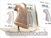 Grips Colt Python Walnut Target Sile 1970s NIB I Frame Official Police Old Model Trooper no MK III, V or VII  Non-Guns > Gunstocks, Grips & Wood