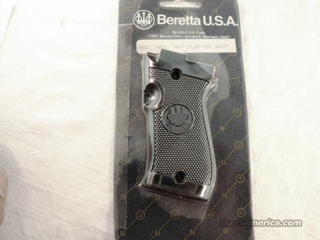 Beretta Factory Pistol Grips models 82 85 87 Black Polymer Checkered GRJG85P  Non-Guns > Gun Parts > Grips > Other