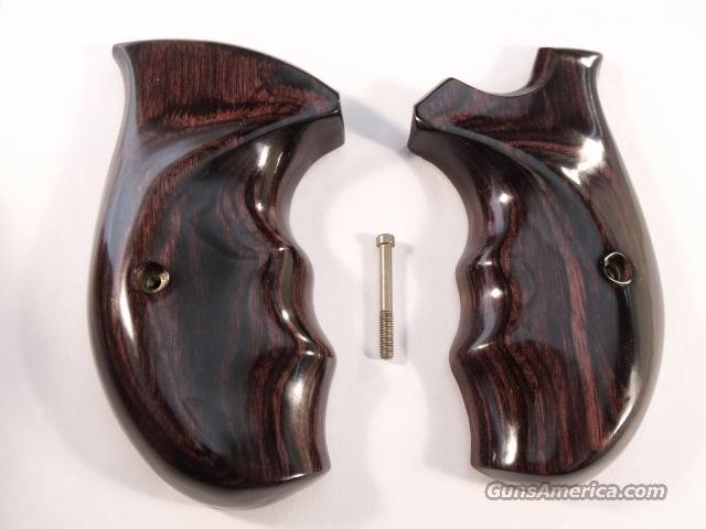 Grips Smith & Wesson N Frame Round Butt Cocobolo Combat Near Mint ca 1993  Non-Guns > Gun Parts > Grips > Smith & Wesson