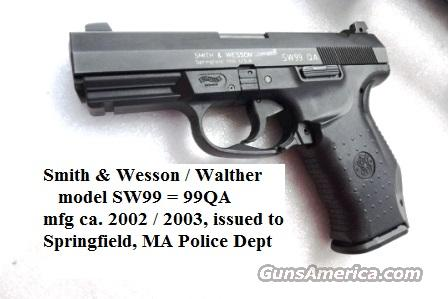 Smith & Wesson .40 model SW99QA 13 Shot VG-Exc Adjustable Night Sights 2 Magazines 13 Shot Springfield MA PD 2002 mfg Blue Box CA OK 320219U  Guns > Pistols > Smith & Wesson Pistols - Autos > Polymer Frame
