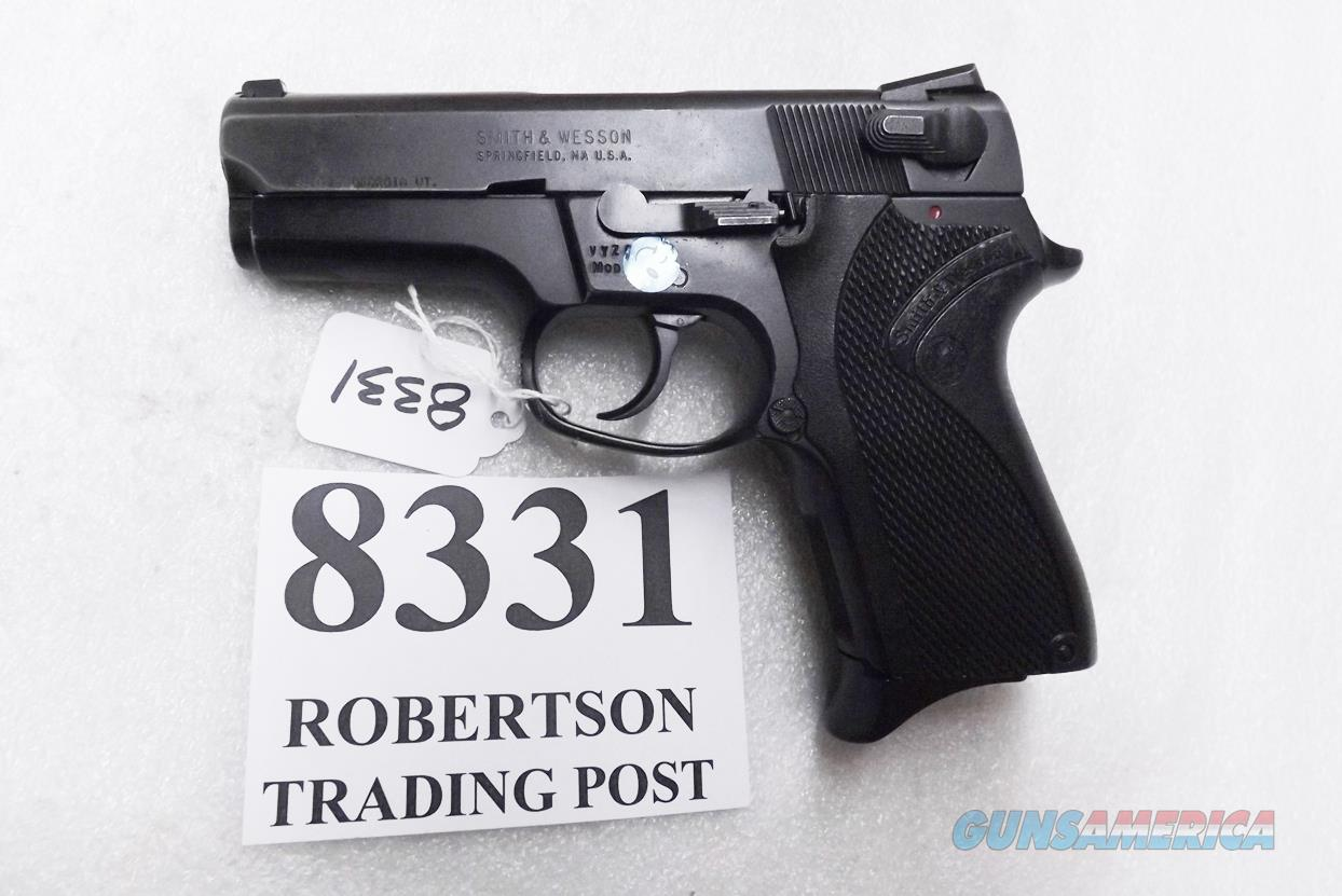 Smith & Wesson 9mm model 6904 Lightweight 13 Shot Compact 3 Dot 3 Safeties 1 Magazine 103106 S&W   Guns > Pistols > Smith & Wesson Pistols - Autos > Alloy Frame