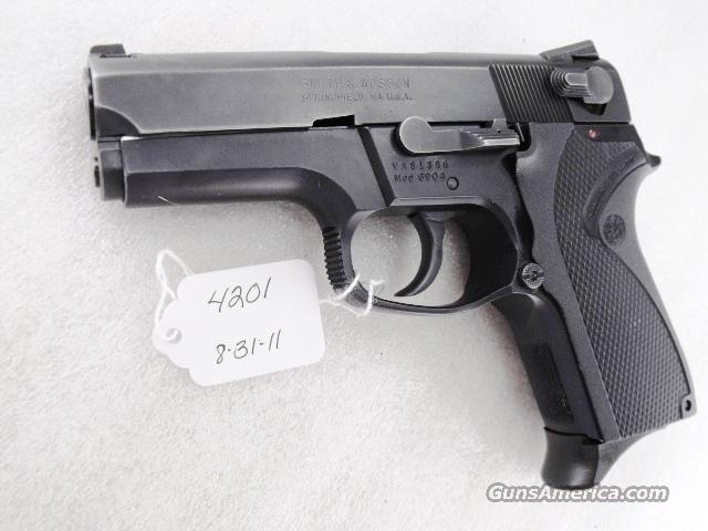 S&W 9mm 6904 Compact Blue Steel Lightweight 1 Magazine Excellent 1995   Guns > Pistols > Smith & Wesson Pistols - Autos > Alloy Frame