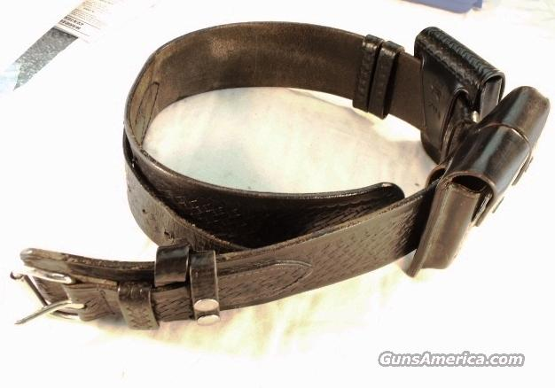 Police Leather Shoemaker Ranger Rig 1970s  Cuff Case Magazine Case VG  Non-Guns > Holsters and Gunleather > Police Belts/Holsters