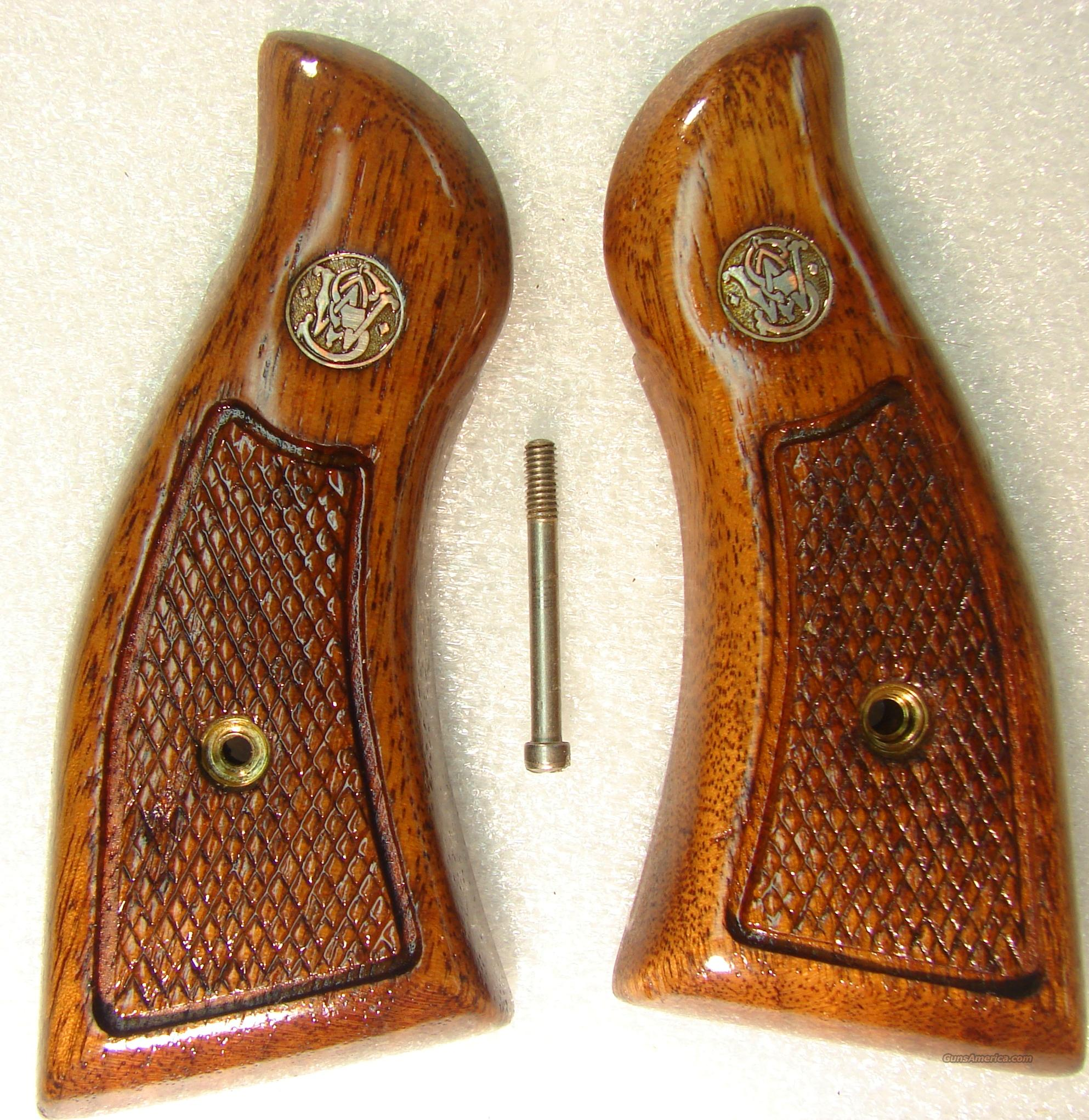 Grips S&W K L Square Butt Service Magna style Late 1980s Goncalo Alves Excellent Refinish Smith & Wesson  Non-Guns > Gun Parts > Grips > Smith & Wesson