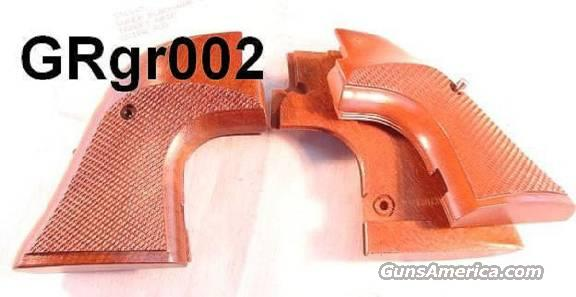 Grips Ruger Super Blackhawk Oversize Target Sile Walnut Mint Condition 1980s 44 Magnum Dragoon Style Trigger Guard Only  Non-Guns > Gun Parts > Grips > Cowboy