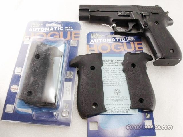 Grips Sig Arms P-226 Hogue Combat NIB P226 Sig Sauer New #26010   Non-Guns > Gunstocks, Grips & Wood