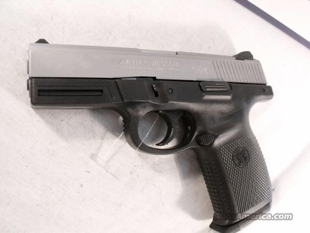 S&W 9mm SW9VE Stainless 2 Mags NIB CA MA Compliant Smith & Wesson Glock Knock-Off  Guns > Pistols > Surplus Pistols & Copies
