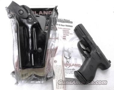 Safariland Duty Holster SSII Smith & Wesson 99 Walther 99QA 990 also Glock 17 22 Left Hand Shooter 62808492 Safari-Laminate Black Basketweave 2 1/4 inch Slots Tactical Light Unissued with Spacer for Pistols without Lights also fits models 1  Non-Guns > Holsters and Gunleather > Police Belts/Holsters