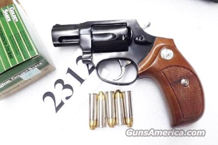 Taurus .38 Special +P Model 85 No Lock Blue Steel Snub with Walnut Combat Grips Smith & Wesson Model 36 Chief's Special copy Snub Nose 38 Spl 2 inch 21 oz Excellent in Box Factory Demo 2850021    Guns > Pistols > Taurus Pistols/Revolvers > Revolvers