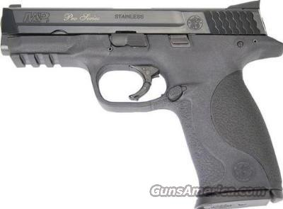 SMITH WESSON M&P 9  NIGHT SIGHTS 4 INCH PRO  Guns > Pistols > Smith & Wesson Pistols - Autos > Polymer Frame