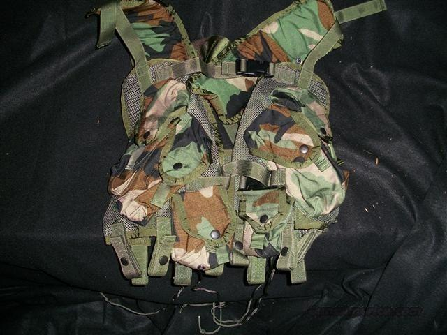 New U.S. Army issue Tactical Load Bearing Vest  Non-Guns > Tactical Equipment/Vests