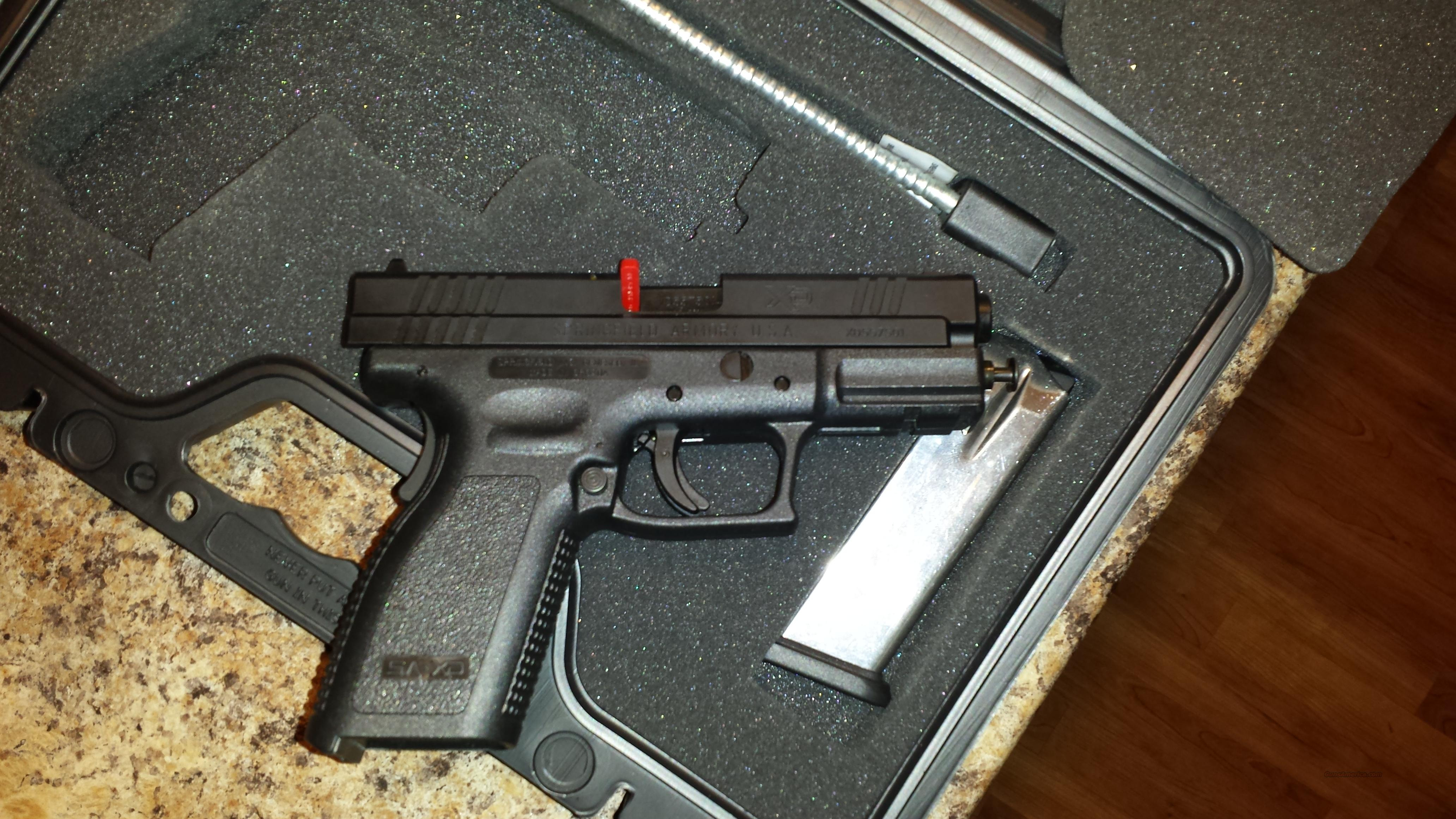 "Springfield Armory XD9102HCSP06 XD Service 40 S&W 4"" HIGH CAPACITY 12+1 Poly Grip Black FREE SHIPPING!!  Guns > Pistols > Springfield Armory Pistols > XD (eXtreme Duty)"