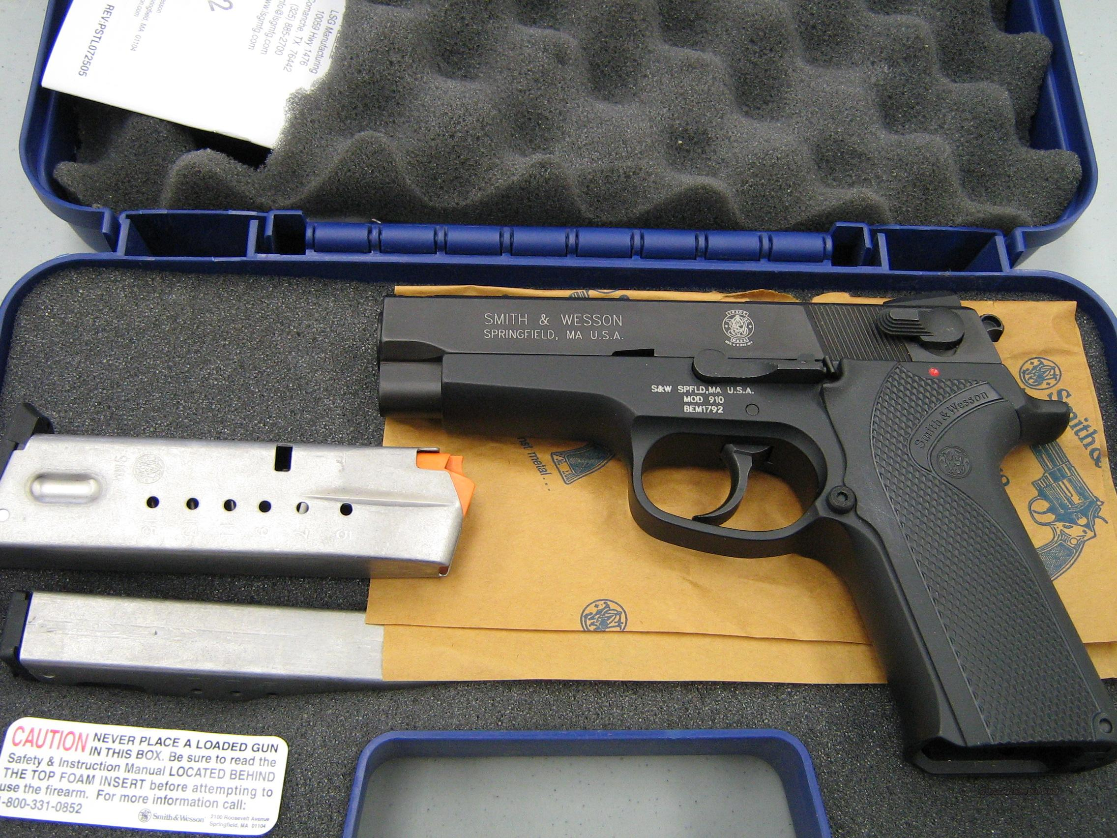 Smith & Wesson 910 Free Shipping  Guns > Pistols > Smith & Wesson Pistols - Autos > Alloy Frame