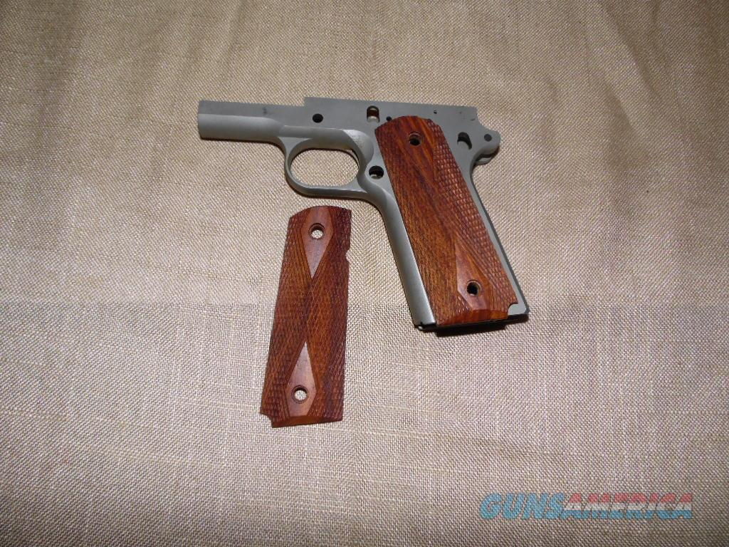 1911 WALNUT DIAMOND FULL SIZE  Non-Guns > Gunstocks, Grips & Wood
