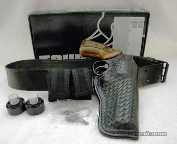 Taurus Model 65 with Belt & Holster Rig  Guns > Pistols > Taurus Pistols/Revolvers > Revolvers