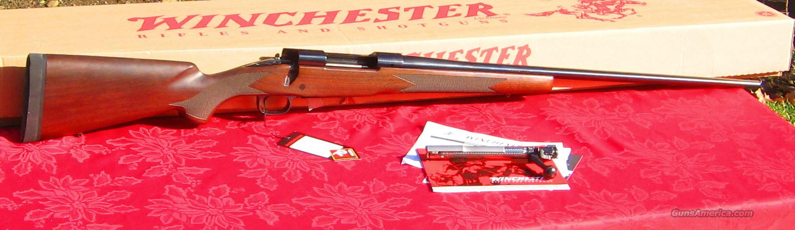 NEW! WINCHESTER M70 300 WIN CLASSIC CONTROL FEED WALNUT  Guns > Rifles > Winchester Rifles - Modern Bolt/Auto/Single > Model 70 > Post-64