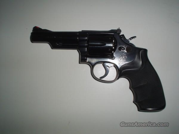 Smith Model 19  Guns > Pistols > Smith & Wesson Revolvers > Full Frame Revolver